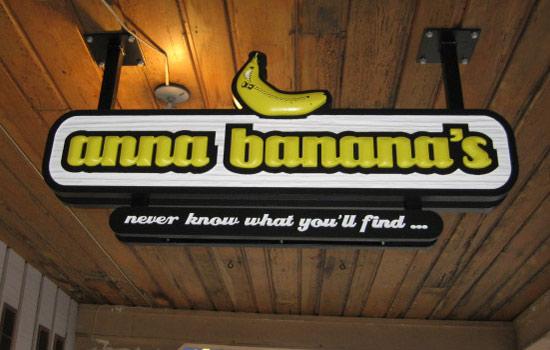 1_Anna Bananas